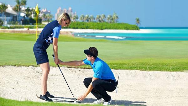 Cách giải quyết khi bóng rơi vào bẫy golf