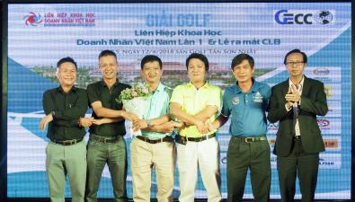 Câu lạc bộ Golf Việt Nam - Kết nối đam mê giới doanh nhân