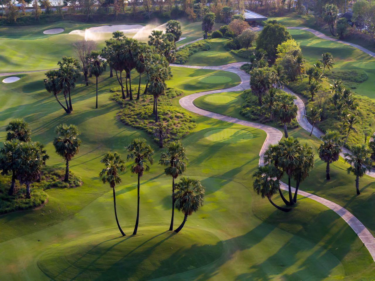 Review sân golf Đa Phước đẳng cấp bên vịnh biển Đà Nẵng