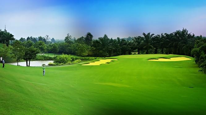 Review sân golf Hồ Ea Kao với vốn đầu tư hơn 2000 tỷ đồng