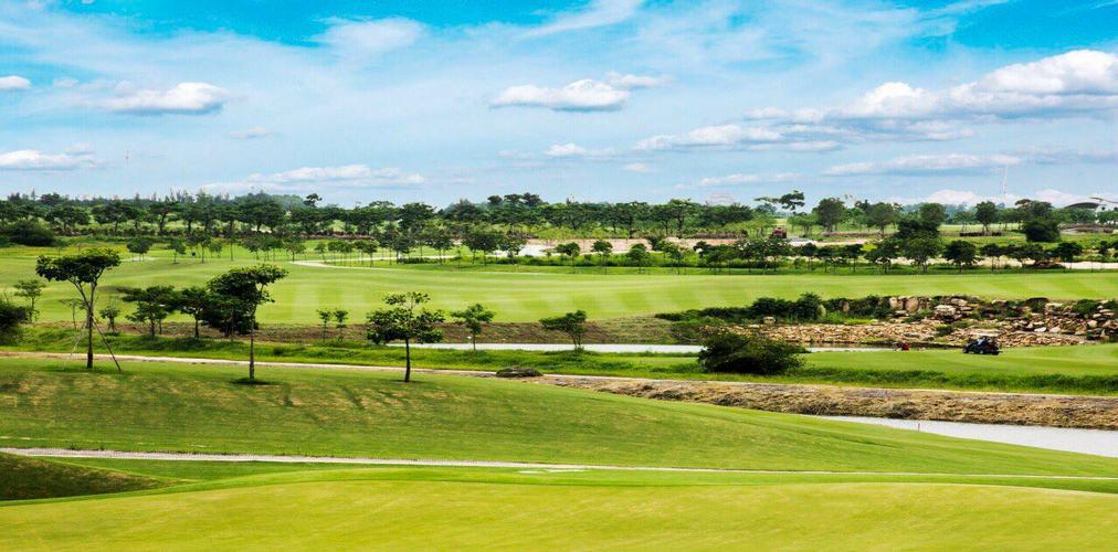 Sân Golf Harmonie Golf Park tiêu chuẩn 18 hố cuối tuần