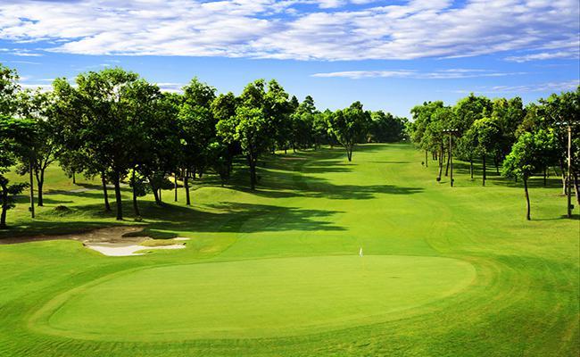 Sân Golf Viet Nam Golf and Country Club tiêu chuẩn 36 lỗ giá cuối tuần