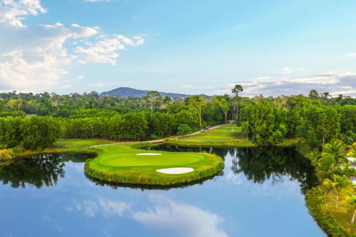 (Stay&Play) Combo chơi golf  Vinpearl 3 ngày 2 đêm không giới hạn