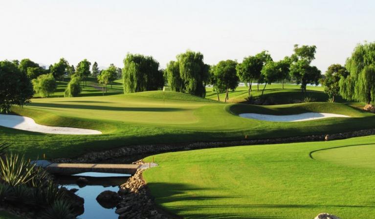Sân golf Vân Trì - Gía ưu đãi cuối tuần cho hội viên
