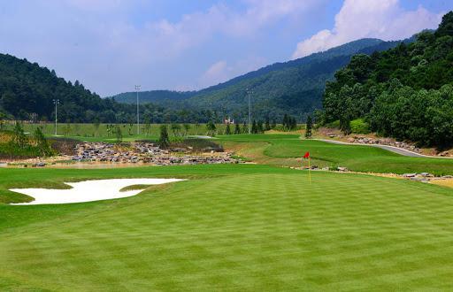 Đặt tee off sân golf BRG Golf Legend Hills 36 hố cuối tuần