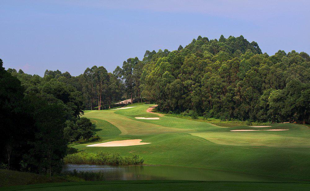 BRG King's Island Golf Resort - Sân Mountainview 18 hố cuối tuần