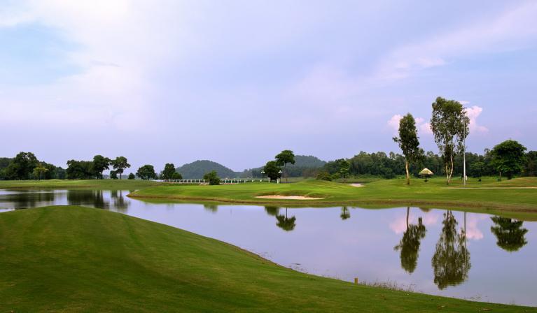 BRG King's Island Golf Resort -Sân Lakeside 27 hố cuối tuần