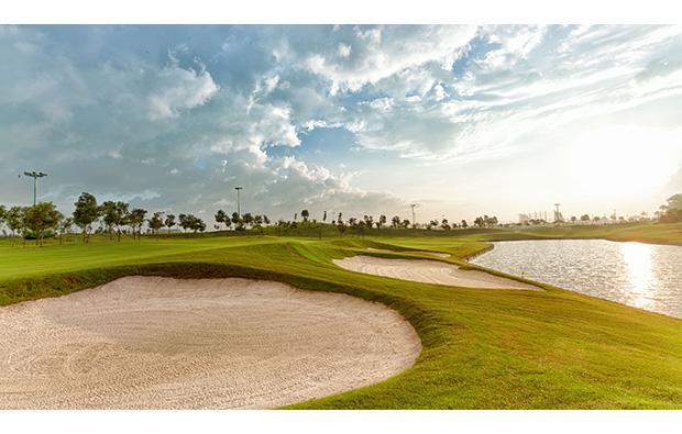 Đặt dịch vụ tại Long Bien Golf Club 27 hố - cuối tuần và lễ