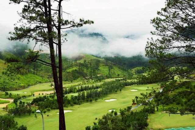 Sân golf SAM Tuyền Lâm - 36 hố - trong tuần