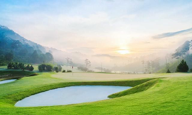 Sân golf SAM Tuyền Lâm - 18 hố - trong tuần