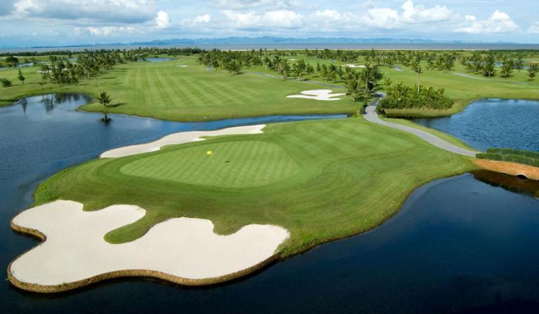 BRG Ruby Tree Golf Resort - 36 hố - trong tuần