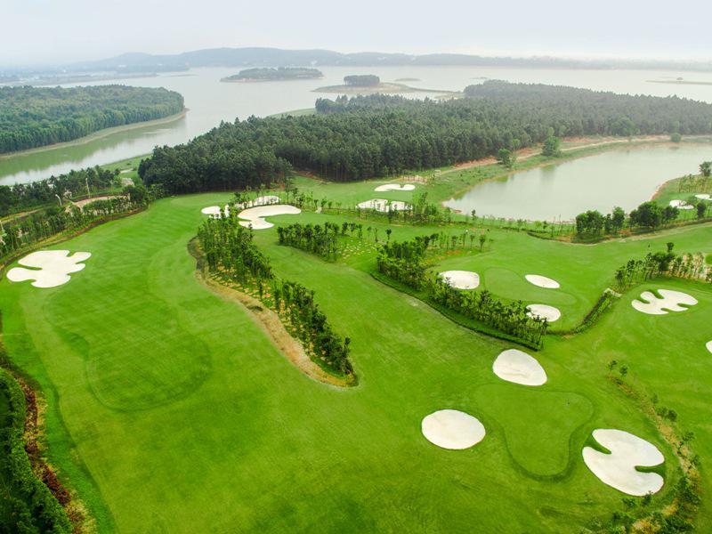Sân Golf Flamingo Đại Lải - thứ 3 và thứ 6 cho khách nữ