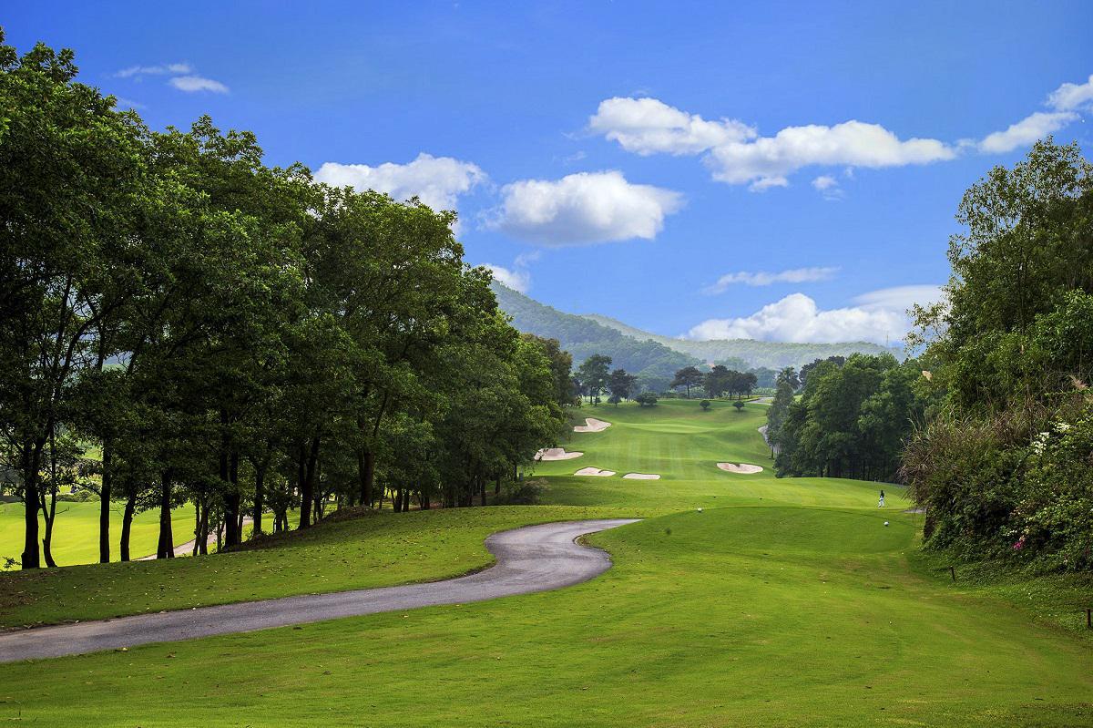 Đặt tee off sân golf Chí Linh 18 hố cuối tuần