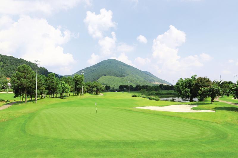 Tee off sân golf Tam Đảo 18 hố - Lady Day