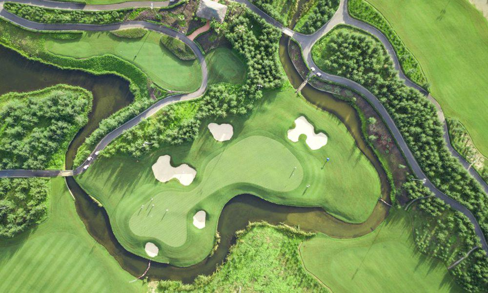 Tee off sân golf FLC Sầm Sơn 18 hố trong tuần