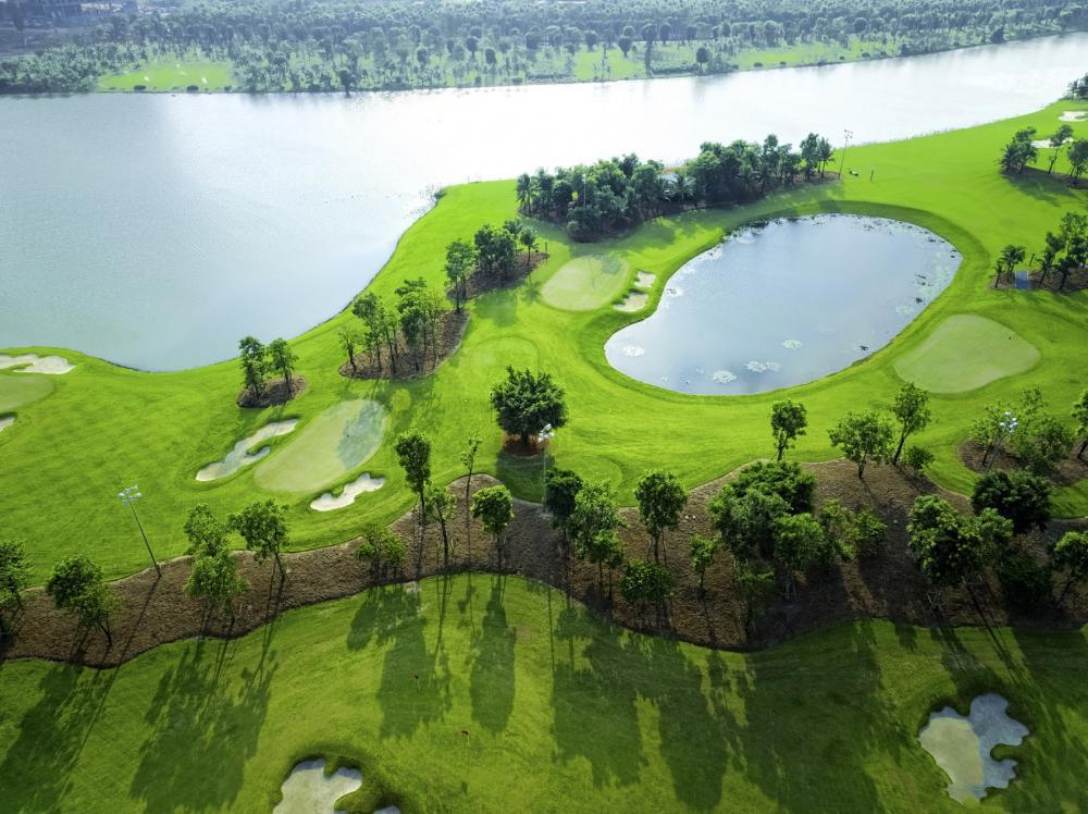 Đặt sân golf Vietnam Golf & Coutry Club - 18 hố -  11:00 - 13:00
