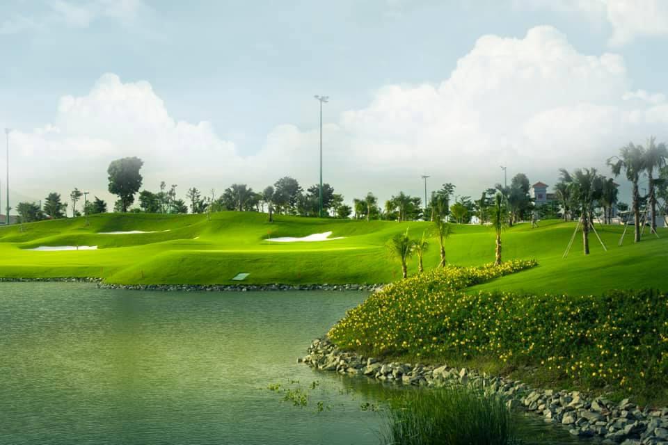 Sân golf Tân Sơn Nhất - Tee off 5:30 - 8:30 - Thứ 3 đến Thứ 6
