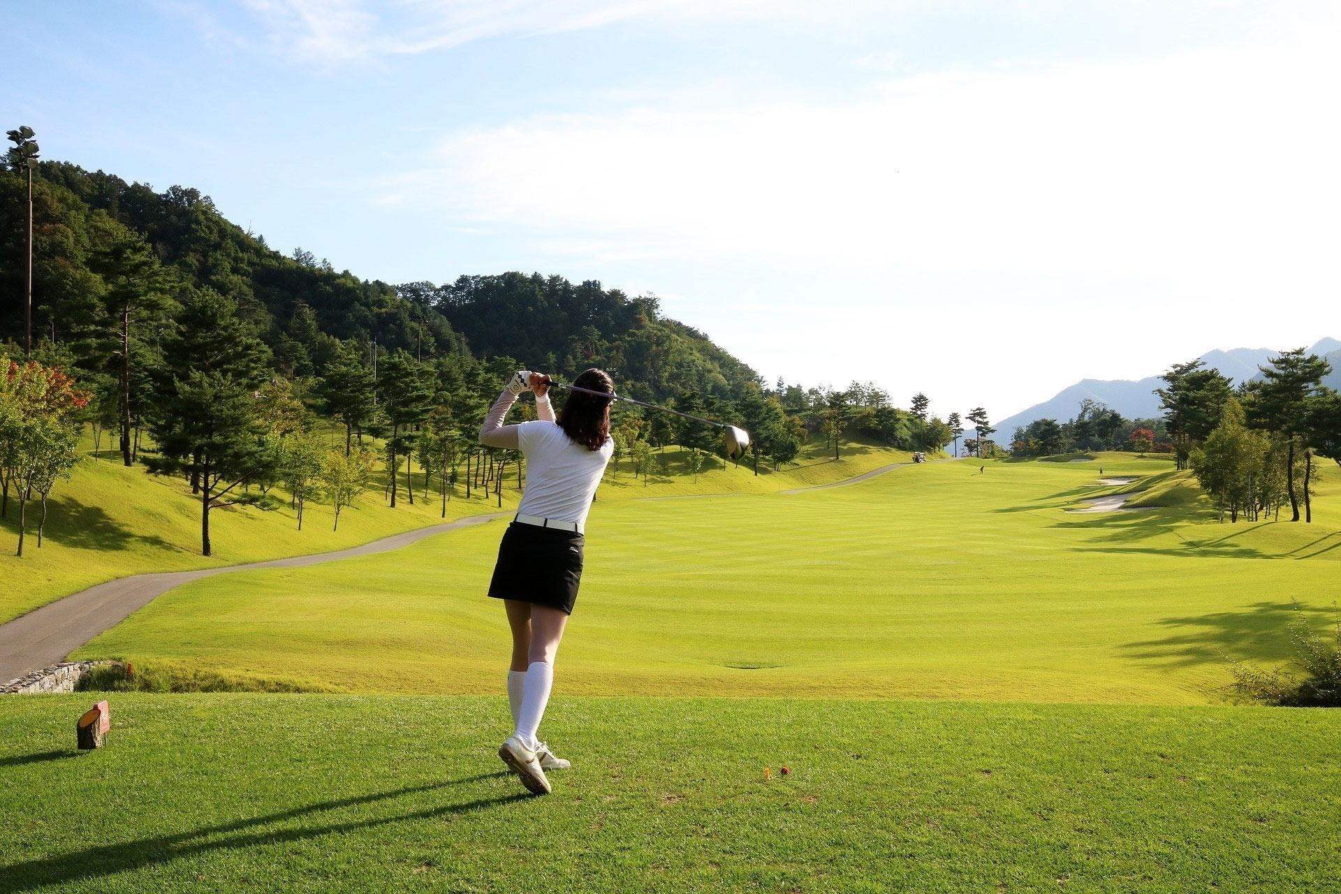 Tee off Cửa Lò Golf Resort- Chơi golf không giới hạn - Cuối tuần