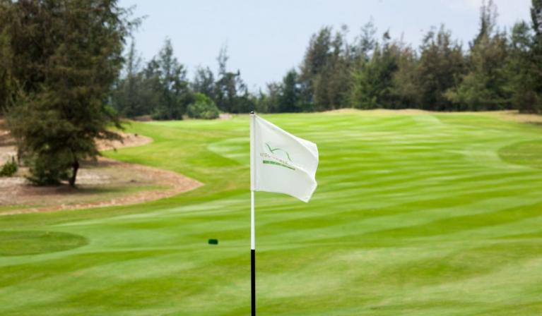 Đặt tee off sân Montgomerie Golf Links - 9 hố - Cuối tuần