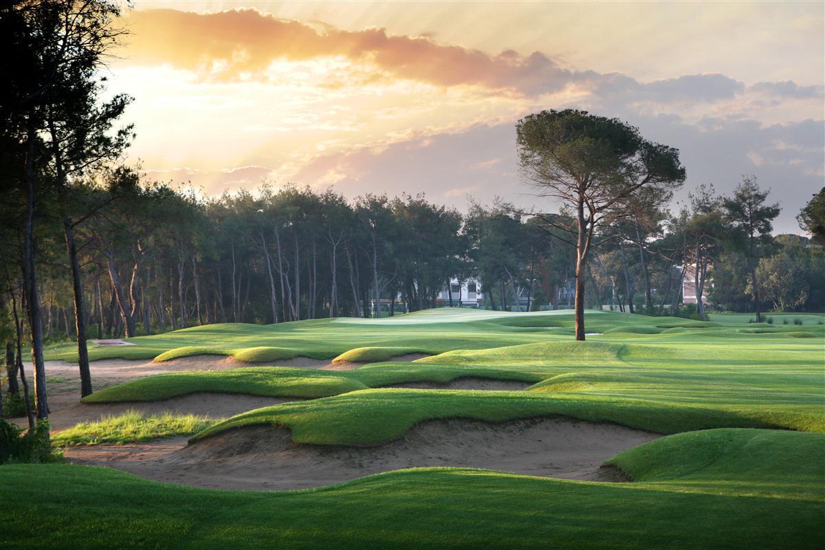 Đặt sân Montgomerie Golf Links - 18 hố - Cuối tuần