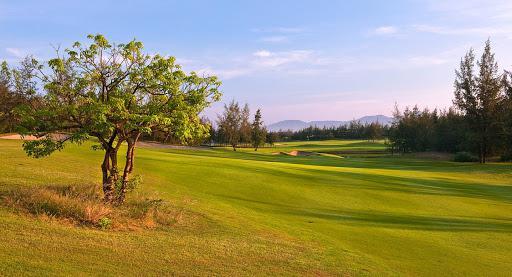 Đăng ký sân Montgomerie Golf Links - 36 hố - Cuối tuần