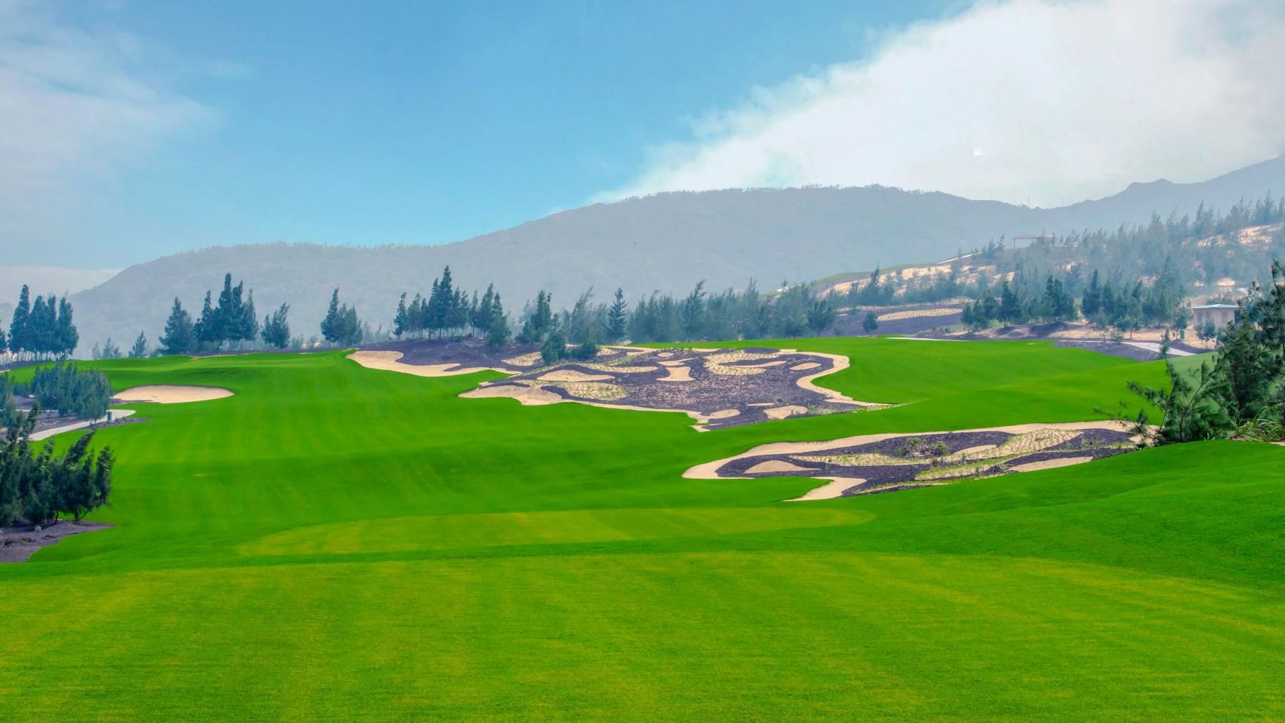 Đặt tee off sân FLC Quy Nhon Golf Links - 18 hố -cuối tuần