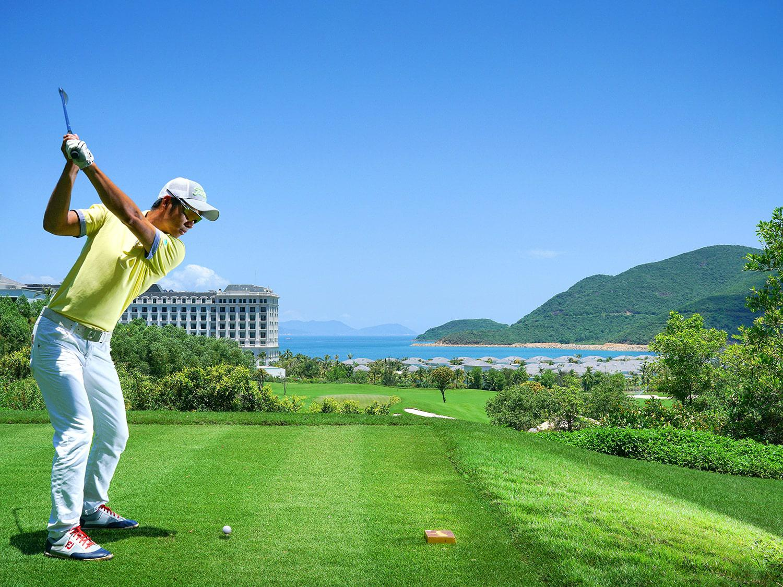 Đặt sân golf Diamond Bay - 9 hố - Cuối tuần
