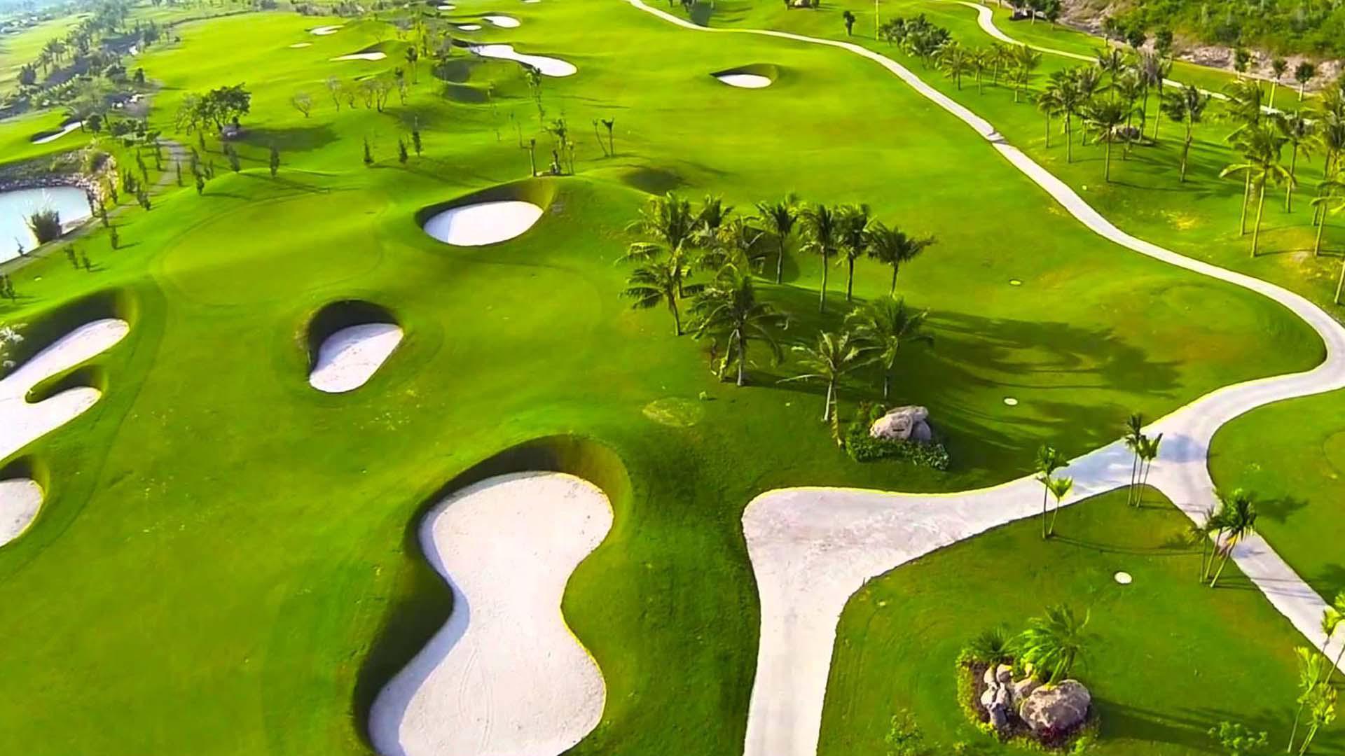 Tee off sân Diamond Bay Golf & Villas - 18 hố - Cuối tuần